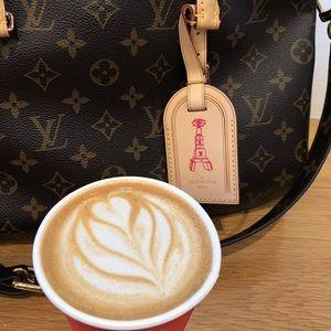 Handbags - Hi, my name is Melani and I'm a shopaholic.